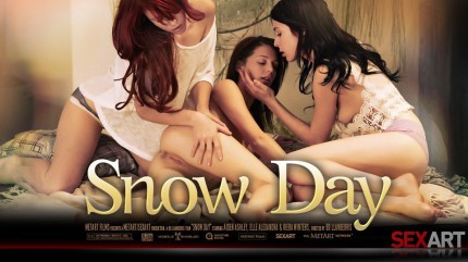 SA – 2013-02-16 – AIDEN ASHLEY, ELLE ALEXANDRA, KIERA WINTERS – SNOW DAY – by BO LLANBERRIS (Video) Full HD MP4 1920×1080 & PHOTOS