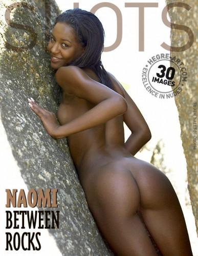 HA – 2005-09-06 – Naomi – Between Rocks (30) 2000×3000