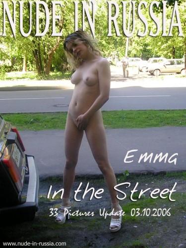 NIR – 2006-10-03 – Emma – Set 5 – In The Street (33) 1000×1333