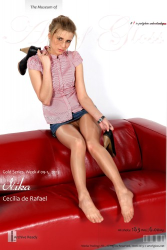 AG – 2013 Week 09-13 – Gold series – Nika & Cecilia de Rafael (183) 2000×3000