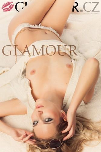 glamour-cz-nicol46