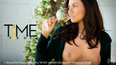 SA – 2015-11-25 – MICHAELA ISIZZU – TIME FOR ME – by ANDREJ LUPIN (Video) Full HD MP4 1920×1080