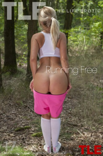 TLE – 2017-09-29 – CRISTAL CAITLIN – RUNNING FREE – by JOHN CHALK (88) 3333×5000