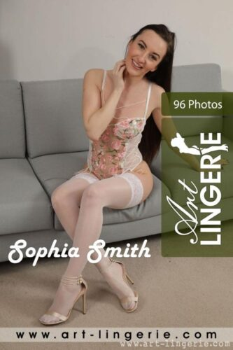 AL – 2020-10-14 – Sophia Smith – 9482 (96) 3744×5616