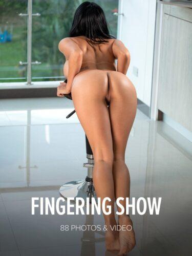W4B – 2021-02-26 – Ivy Miller – Fingering Show (88) 4480×6720 & Backstage Video
