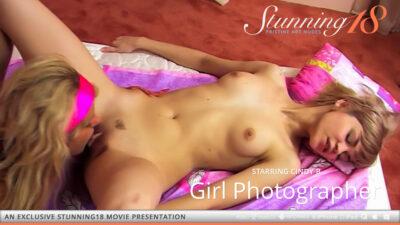 ST18 – 2021-05-18 – CINDY B & MASHA B – GIRL PHOTOGRAPHER – by THIERRY MURRELL (Video) HD MP4 1280×720